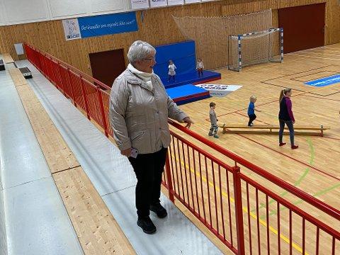 Kjellaug Mellgren (68) var med å starte opp Ålgård HK for over 30 år siden, og var selv med og spilte i begynnelsen.