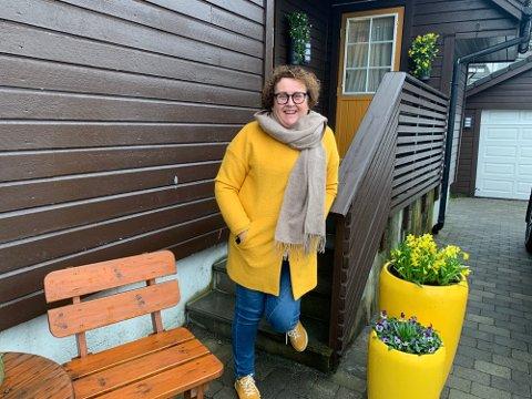 Olaug Bollestad, her avbildet hjemme på Ålgård, gir ut bok om livet, om kjærligheten og om politikken.