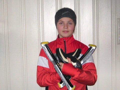 GULLJENTE 2: Gina Engebråten var helt suveren på 500 meter i jentenes 13-årsklasse.