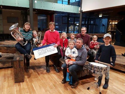 FÅR PENGER: 160.000 kroner skal sikre at barn og unge i Kongsvinger får spille i korps.
