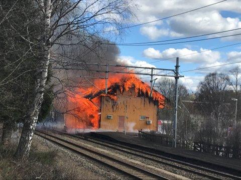 Bygget ble totalskadd av brannen 4. mai.