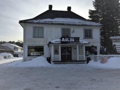 STENGT OG GJENÅPNET: Ahlen pizza og kebab på Skarnes i Sør-Odal.