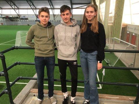 NTGU Kongsvinger sitt lag i klassequizen: Jonas Høgås Lie, Tobias Rosland og Marte Haukerud,