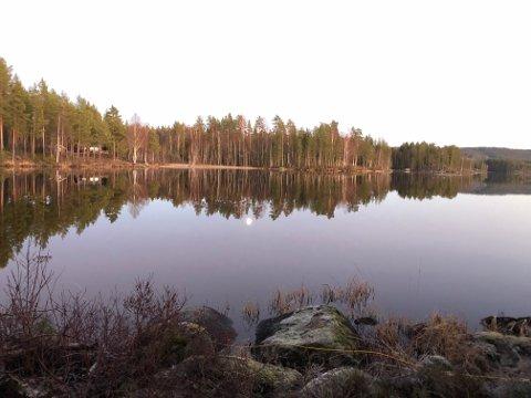 """HARASJØEN: Var det her Ole. K. Damlien fra Sander endte sine dager? TV2 forsøker å gi svaret på det i """"Åsted Norge"""" mandag. FOTO: TV2"""