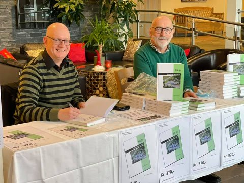 Bernt Olav Neskvern har sammen med Knut Bergerud skrevet bok om Slobrua Gjestegård.