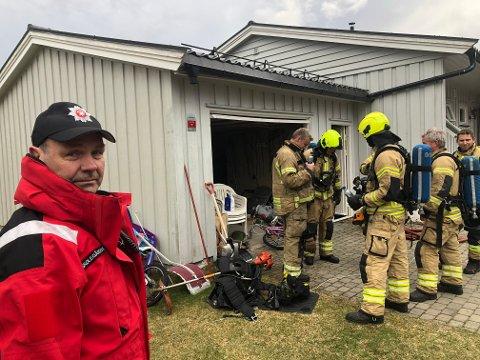 – Vellykket, sier brannsjef Knut Harald Skolegården  i Åsnes brannvesen om slukkingsarbeidet., som gikk raskt i huset på Skansen.
