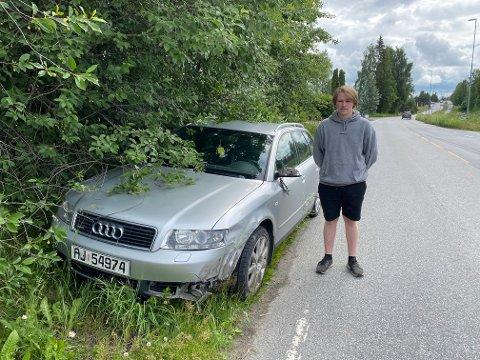 Slapp med skrekken: Furnes-gutten Alexander Oppegård kolliderte med en ambulanse tirsdag ettermiddag. Ingen kom til skade.