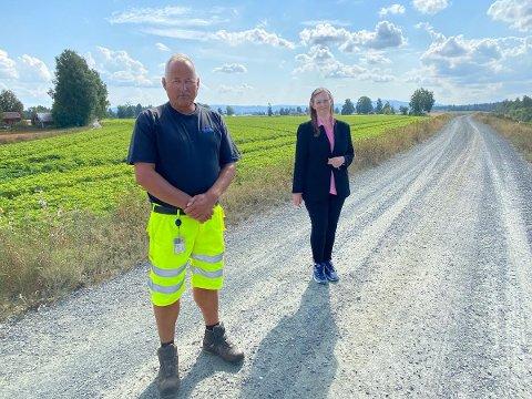 FLOMSIKRING: Siv B. Thorshaug har vært aktiv på søkerfronten i år, og har skaffet kommunen nærmere ni millioner kroner til flomsikring, noe fagperson Ivar Hoff er glad for.