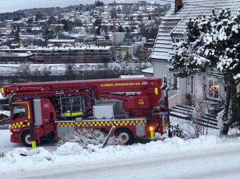 RYKKET UT: Brannvesenet rykket ut til Lia i morgentimene onsdag.