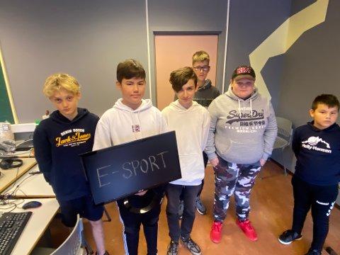 Satsing: Ungdommene bruker tiden sin på å bli gode på det de elsker. På bilde ser du Martin Barkbu, Miland Pourai, Kaper Svendbu, Kristian Ånerud, Håkon Barku og Rimantas Vaitkus.