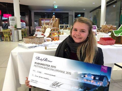 Mjøsmester: Dina Toftemo Holmestad vant mjøskonkurransen i pepperkakebygging med Lysgårdsbakkene.