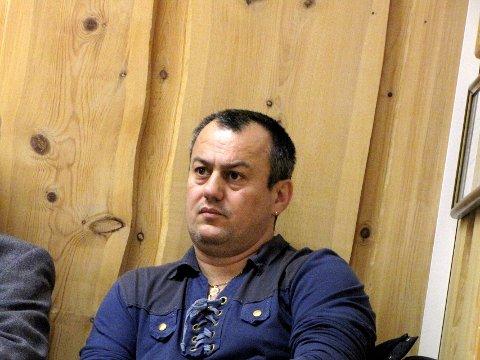 SMITTEVERNLEGEN: Gurgen Nazaretian leder arbeidet med smittesporing i Dovre.
