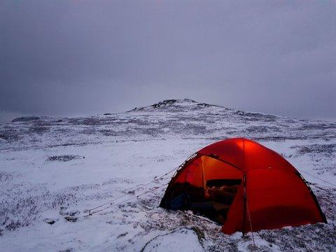 OPPLEVELSER: - Jeg har fått verdens beste hobby og opplever store naturopplevelser på tur, sier Refseth. Bildet er fra en telttur på Hardangervidda.