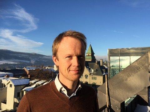 NY KORONASTØTTE: : Næringssjef Eirik Haagensen oppfordrer bedrifter i Lillehammer til å søke midler fra potten på 2,6 millioner kroner.