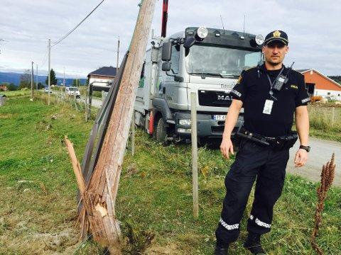 Innsatsleder Stig Cato Larsen på ulykkesstedet.