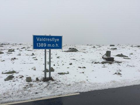 Slik så det ut på Valdresflye lørdag formiddag.