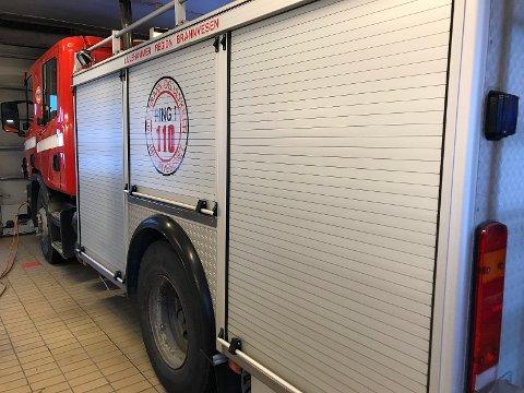 Lillehammer Region brannvesen selger en 20 år gammel Scania med 3.000-liters vanntank.