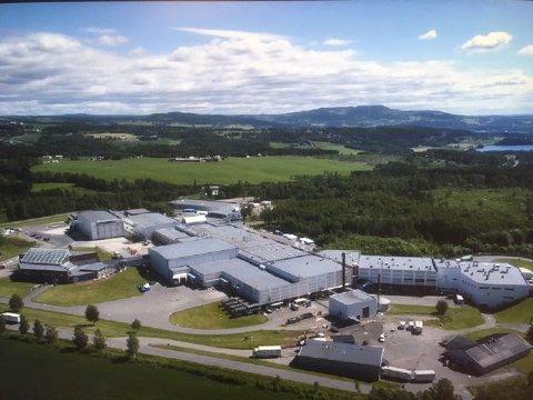 Nortura-tillitsvalgte i Nord- og Midt-Gudbrandsdalen advarer mot Nortura-utbygging. De mener utbyggingen bør legges på is inntil det er avgjort om det blir et nytt slakteri i Gudbrandsdalen.