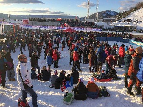 """SKIFESTIVAL: SV vil har slutt på at """"kommunens skattepengar på skifestival og kontinuerlege oppgraderingar av anlegg for at skimillionærane skal ha gratis arena på Lillehammer"""", skriv Håvard Teigen."""