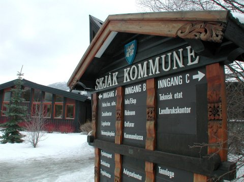 Formannskapet er opne for meir samarbeid med nærliggjande kommunar, men vil ikkje gå inn i prosess for å greie ut ei eventuell ny kommune med Vågå.
