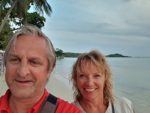 Jan-Tore Horn og Hege Karlsen (begge 52) er på en måneds ferie i Thailand. De har det bra, men syns synd på lokalbefolknigen.