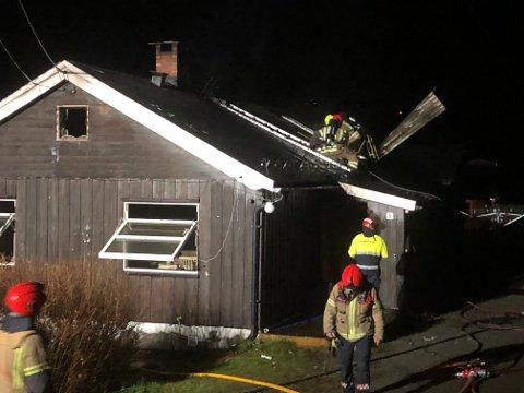 En enebolig begynte å brenne på Lalm i Vågå natt til torsdag 17. oktober.
