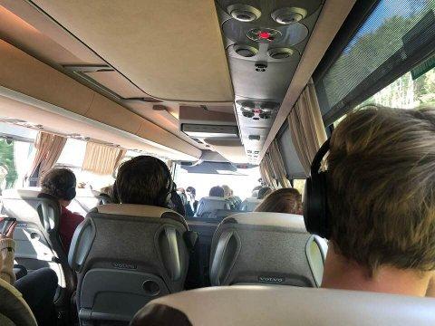 Utsikten fra buss for tog mellom Lillehammer og Trondheim søndag. Mandag og tirsdag går toget som normalt fra Dombås.