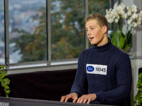 Helt siden Aaron Kristiansen var liten har han hatt lyst til å delta i den populære talentkonkurransen «Idol». Etter å ha deltatt på audition, oppfordrer han andre musikkglade ungdommer til å gjøre det samme.