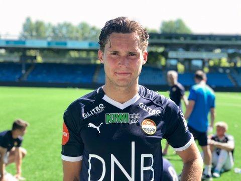 Simen Hjerkinn Hammershaug har fått bra med tillit i sesongoppkjøringen. Lillehamringen har også funnet vegen til nettmaskene i en av treningskampene.