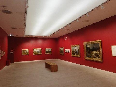 Weidemannsalen i Lillehammer Kunstmuseum brukes til alt annet enn Weidemanns kunst om dagen. Nå reagerer advokat Anders Eckhoff som var bobestyrer for Anne Marie Weidemanns testamente.