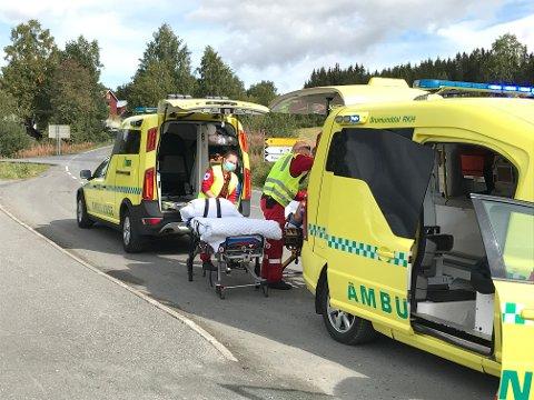 Ambulanser var på plass da en syklist ble skadet under sykkelrittet i Gausdal lørdag.
