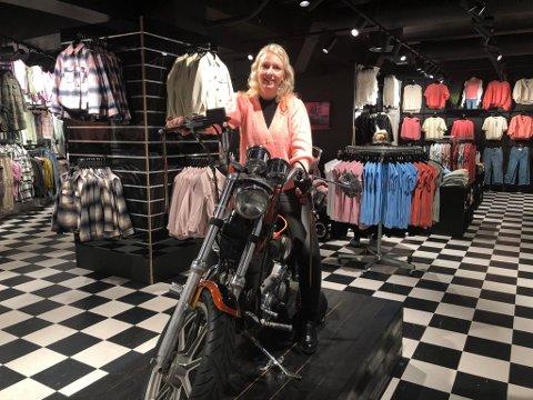 Torsdag åpnet Malin S. Bårstad ny butikk i Amfi Otta.