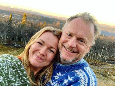 HYTTEGLEDE: Raymond Johansen og kona Christin Kristoffersen har funnet hyttegleden i Valdres. Nå gleder de seg til påskeferie på fjellet.