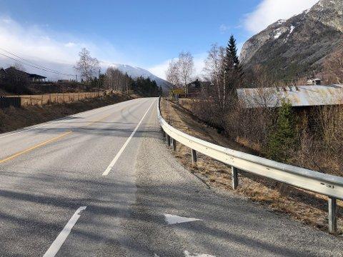 De nye veglysene skal gå fra Storøya camping og vestover langs riksvei 15 i Skjåk.