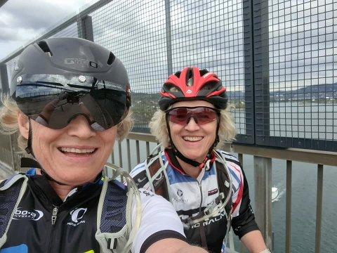Elisabeth og Hanne Farstad trosser avlysningen og sykler Trondheim-Oslo mens de samler inn penger til barn med medfødte misdannelser.
