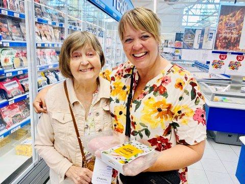 Ingrid og Inger Lise Hauklien fra Lillehammer fant omsider kyllingfileten de var på jakt etter.