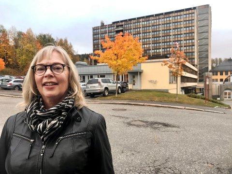 SYKEHUS I BY: Professor i samfunnsplanlegging, Ulla Higdem, synes det er rart at staten ikke skal følge sine egne retningslinjer når sykehusbygg skal plasseres.