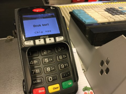 Betalingsterminaler fungerer på reserveløsning noen steder. Andre steder ikke i det hele tatt.