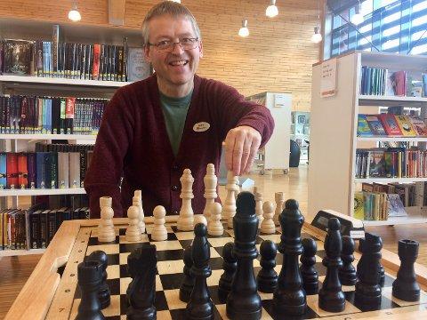 Jan Erik Sandhals invitererer på vegne av Gran bibliotek til spilluke første uka i november