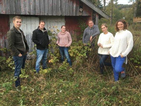 MUSIKKFAMILIEN: Seks blad Erstad spiller og synger på allehelgenskonserten i Nikolaikirken.