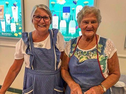 HØSTMAT: Bitten Nesbakken og Ragnhild Helmenbakken byr på lokal høstmat på Granstunet lørdag.