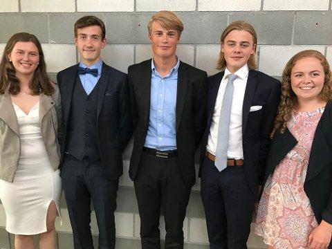 VINNERNE: Fra venstre Ingeborg Gønner Rønning Øvstedal, Ådne Skogsbakken, Johannes Bjertnæs fra Hadeland videregående skole, Andreas Rosendal Nyhagen og Johanne Lindby.