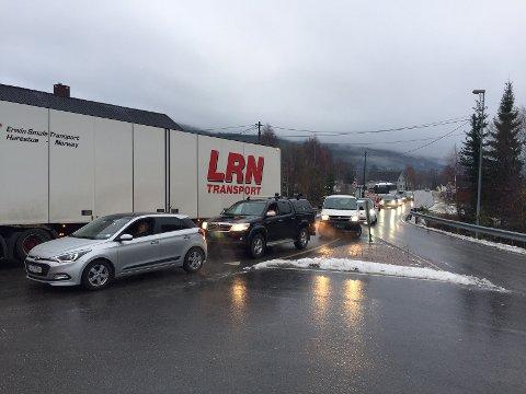 GLATTE VEGER: Det kan bli vanskeligere kjøreforhold onsdag ettermiddag og kveld.