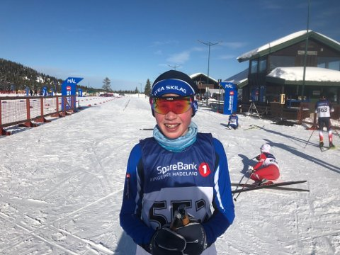 LIKE BLID: Mathias Katnosa Olsen ble nummer 253, men var like blid. Han har bestemt seg for å satse på håndball.