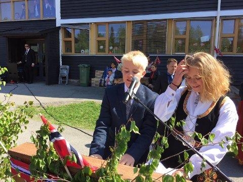 FLOTT TALE: Jon Gjesdal og Emmy Nikoline Strømnes.