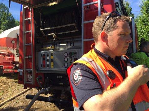 KONTROLL: Harald Mathiesen og de andre brannmannskapene fikk raskt kontroll over brannen.