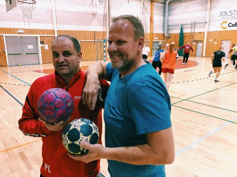 TRENER: Kenneth Fivelsdal (til høyre) er tilbake i trenermanesjen. Han blir trener sammen med Paul Laursen på Lunner/Gran sitt herrelag denne sesongen.