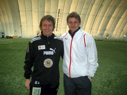 DEN GANG: Høsten 2007 startet Ole Gunnar Solskjær (til høyre) sin trenerutdanning via Norges fotballforbund. Det samme gjorde Steffen Mørtvedt fra Gran. Elleve år senere er mannen til høyre manager i verdens største fotballklubb.