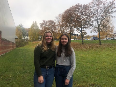 KONFIRMASJON: Ingrid og Kristine er spente på tiden som står dem i vente.