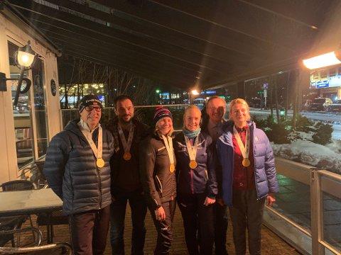 FORNØYDE: Knut Thorvaldsen, Finn Larsen, Anne Woldmo, Maren Lunner, Åge Lindahl og Kate Aaen var fornøyd med innsatsen på Jessheim vintermaraton.